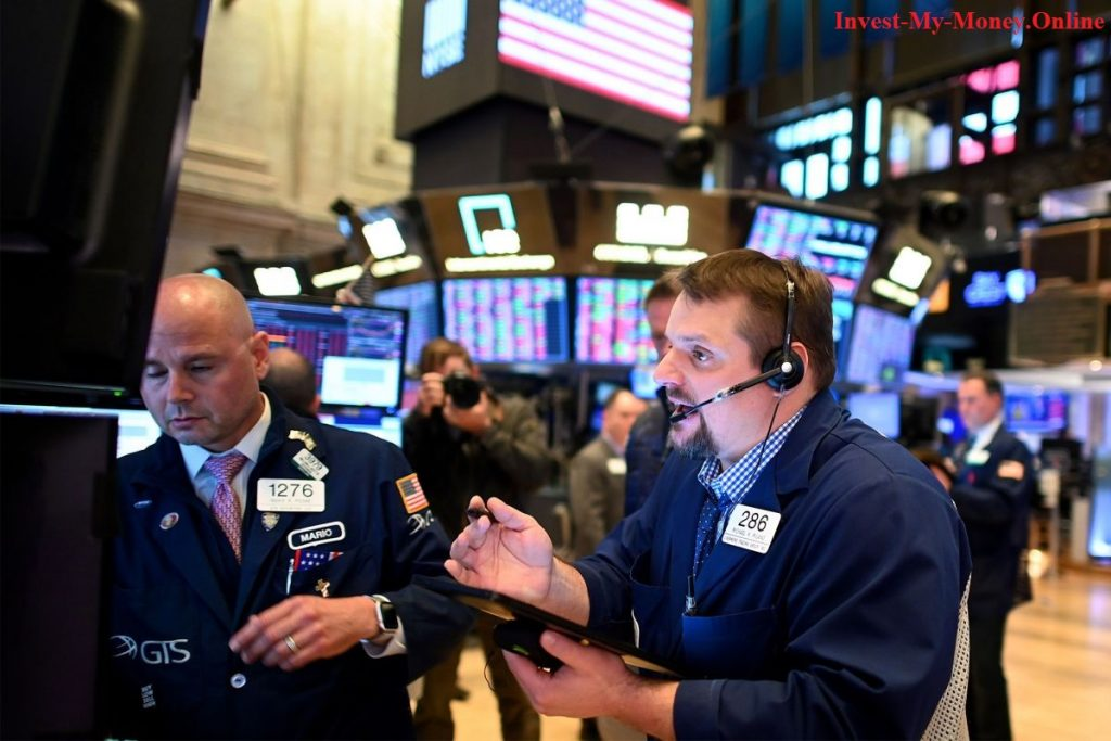 Different Traders on Trading Floor